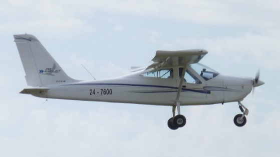 Tecnam 7600 flying at Redcliffe - Fly Now Redcliffe