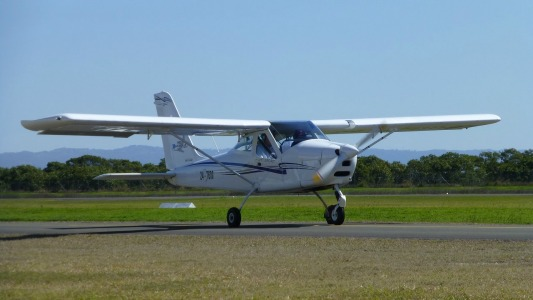 Tecnam 7600 Taxiing at Redcliffe - Fly Now Redcliffe